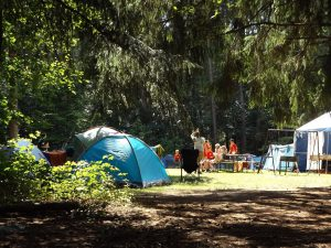 camp-1163419_960_720